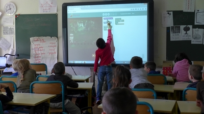 Coding and algorithms in primary school  Image